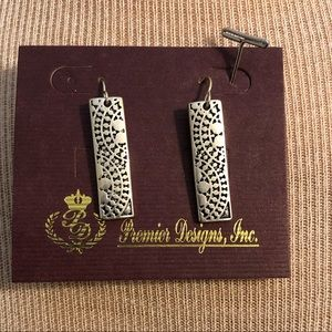 Premier Designs Earrings sterling silver